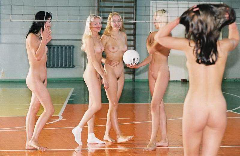 Фото голых девушек пляжный волейбол