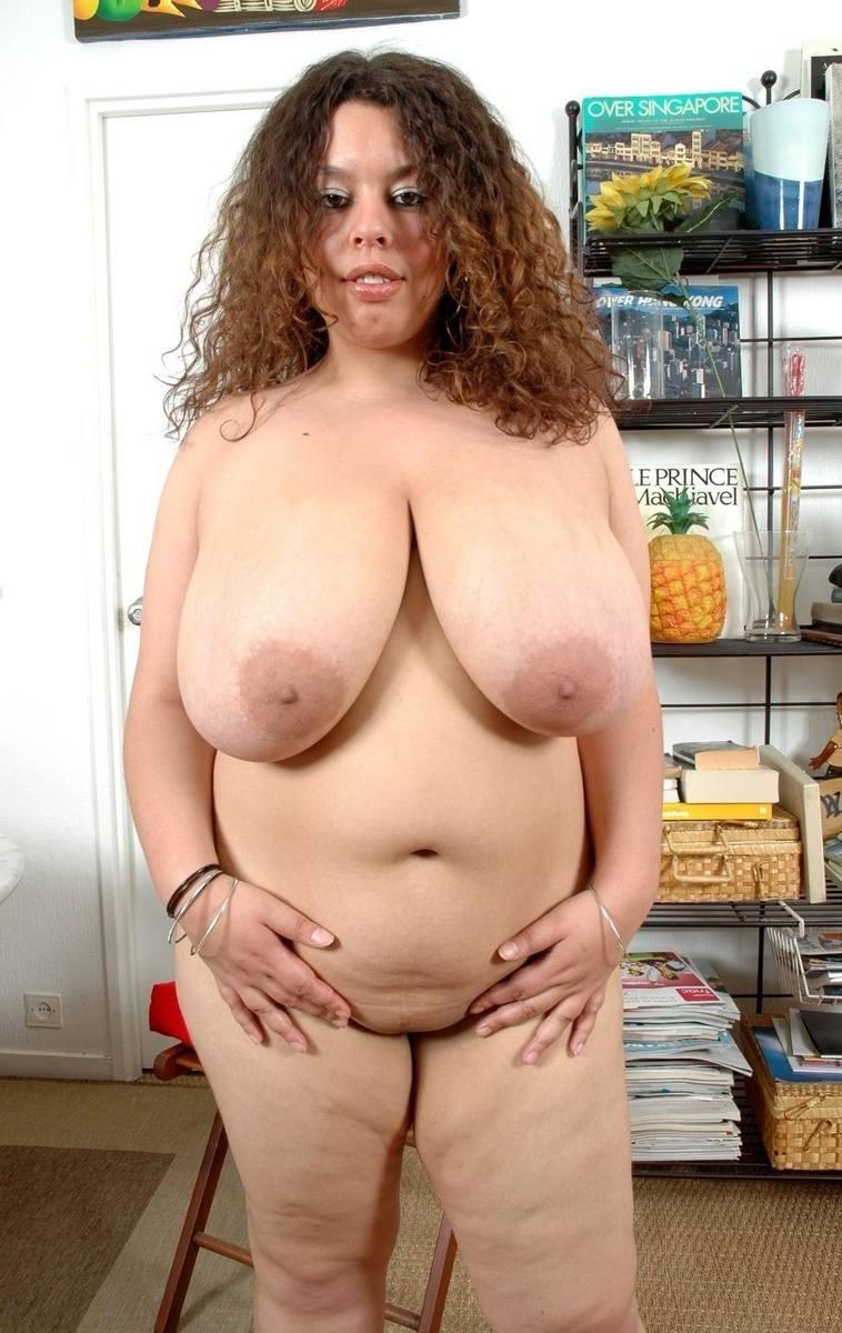 Very yummy! Mature chubby woman resize 045