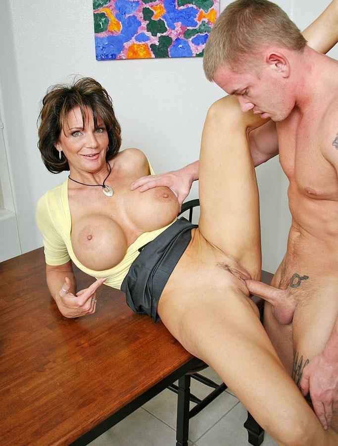 Порно ролики дамы за 40