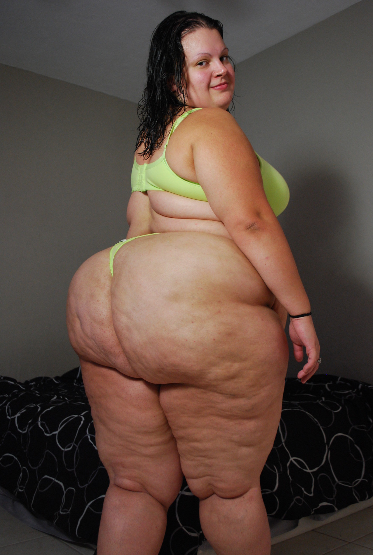 Looks like www.ssbbw big ass in naked