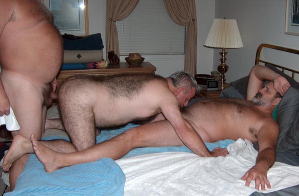 Секс междуу парнями