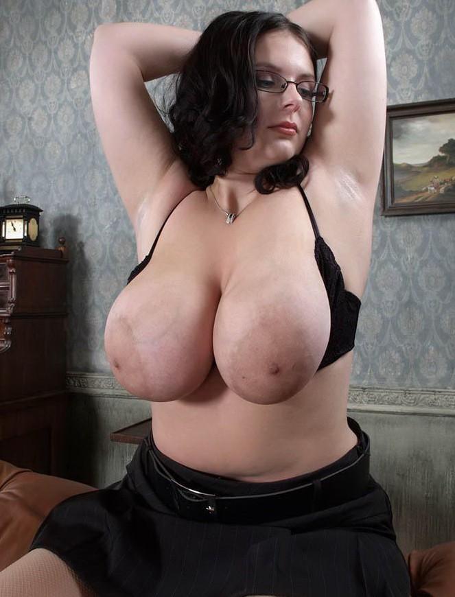 Фото большие титьки, красивые девушки фото, Большая грудь, девушки. Комент