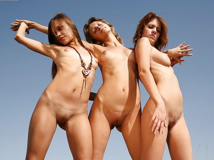 groupgirl naked