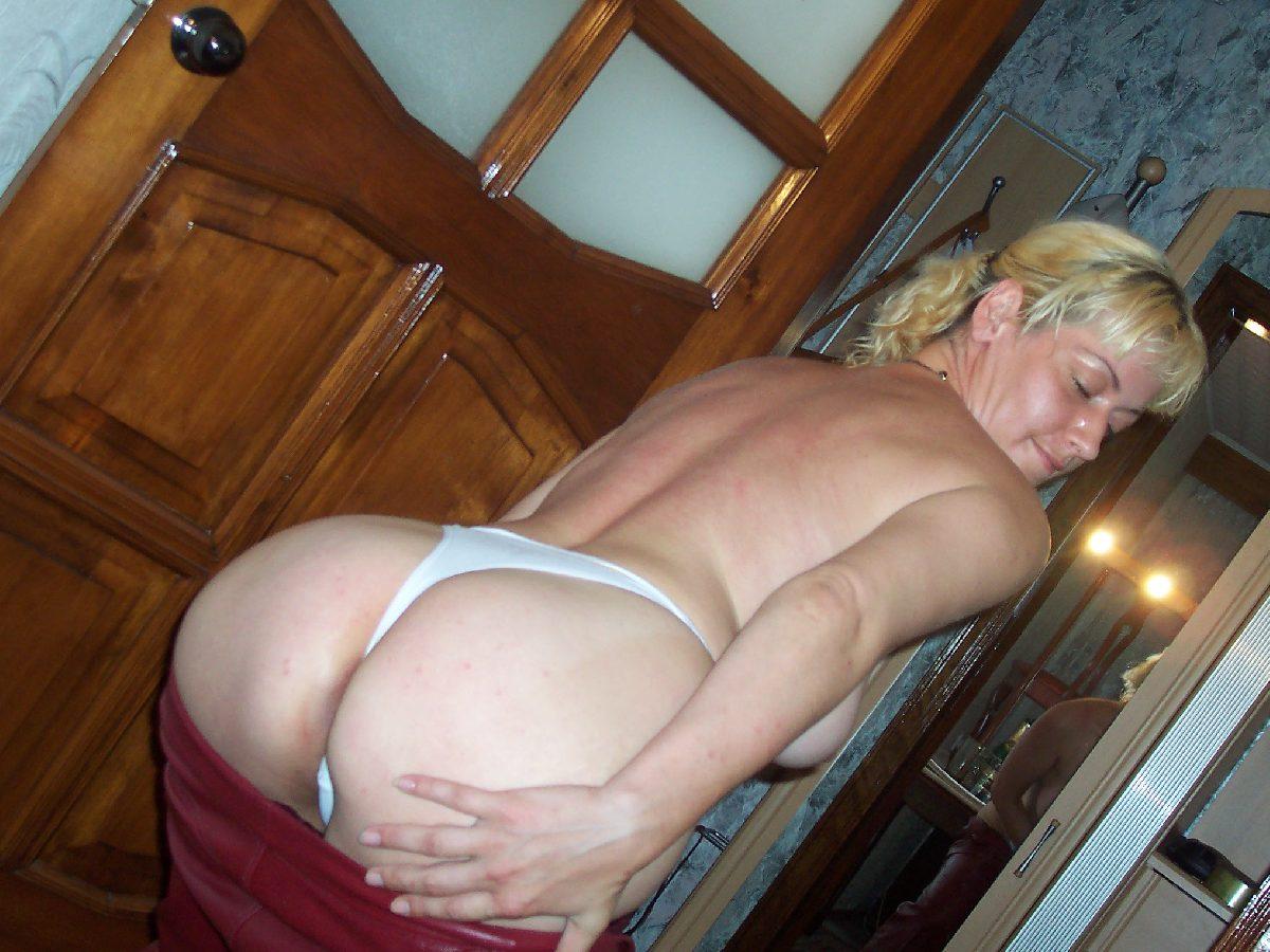Только фото порно красивых зрелых женщин с большими попами 30 фотография