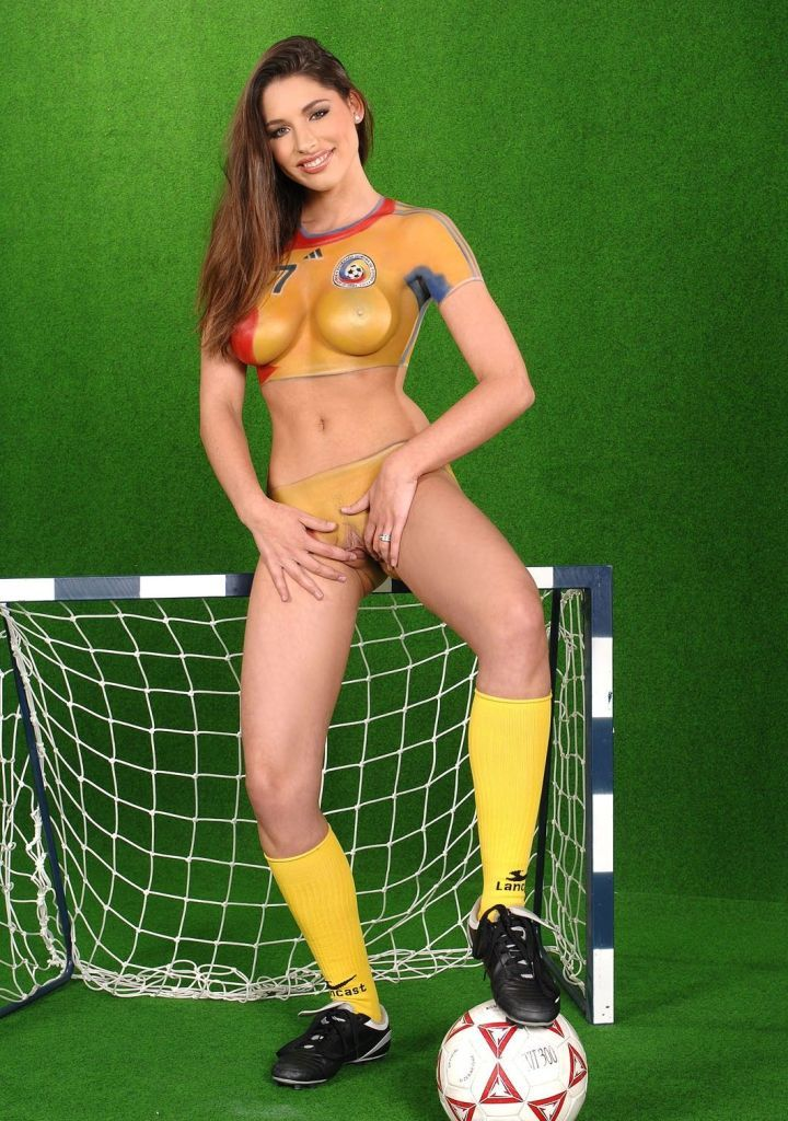 soccer football women naked