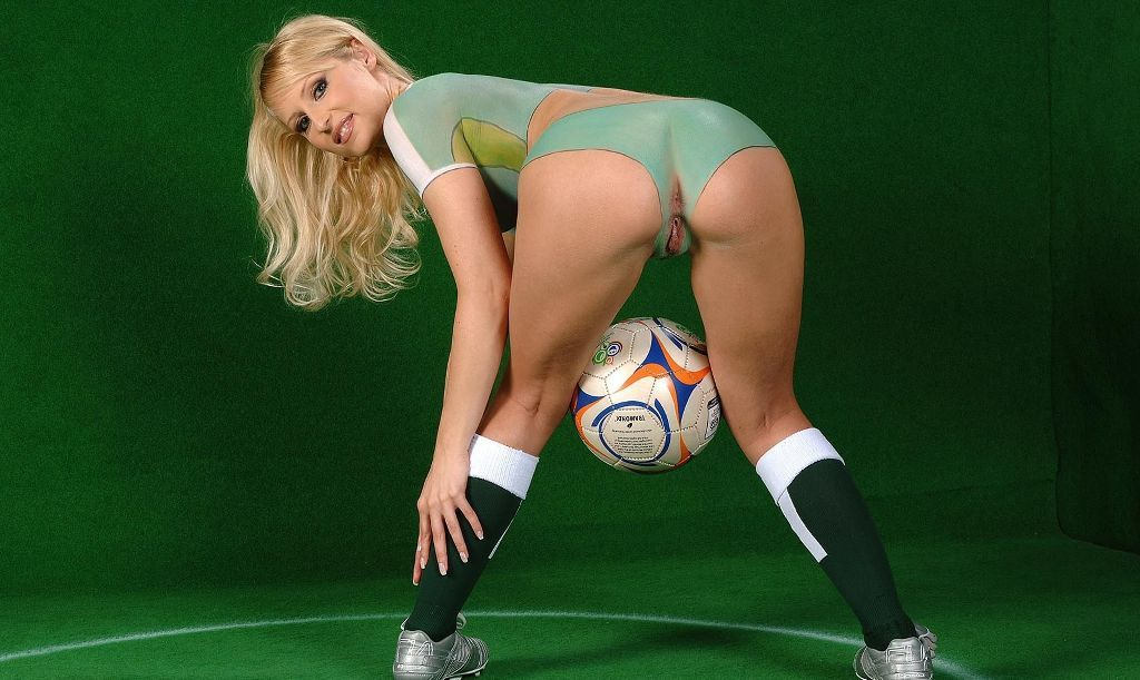 soccer women naked