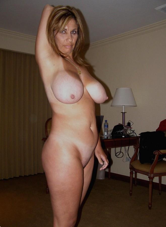 фото красивых женщин в возрасте голых
