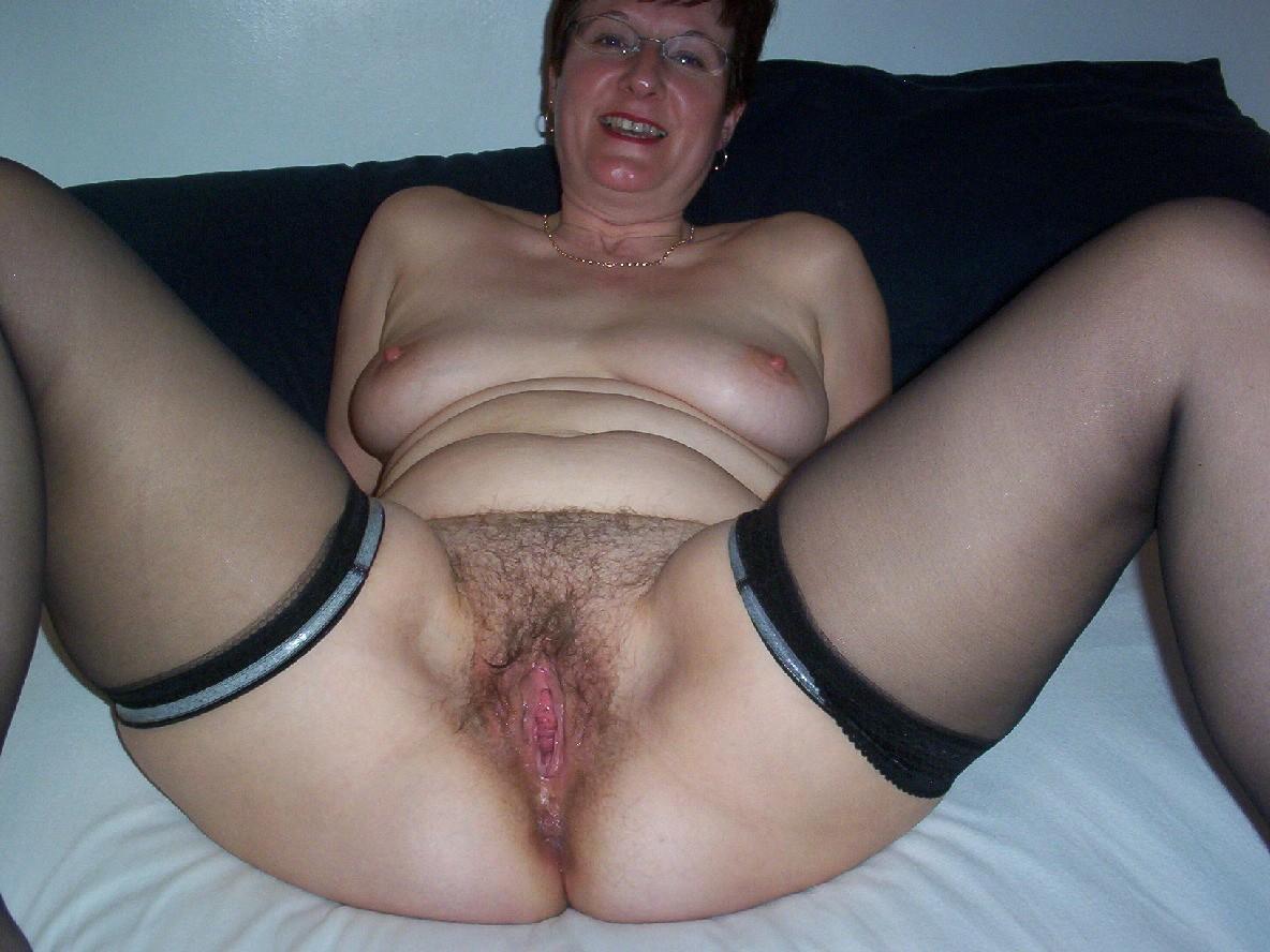 zastukannie-golie-na-prirode