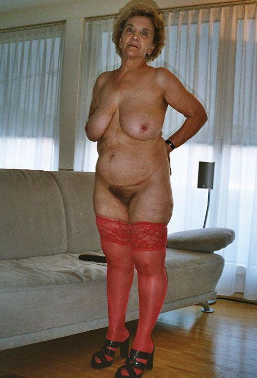 Mature granny nude