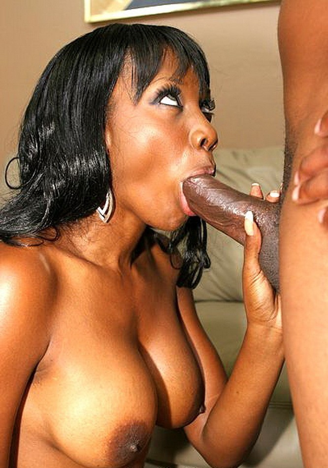 ebony girl giving blowjob