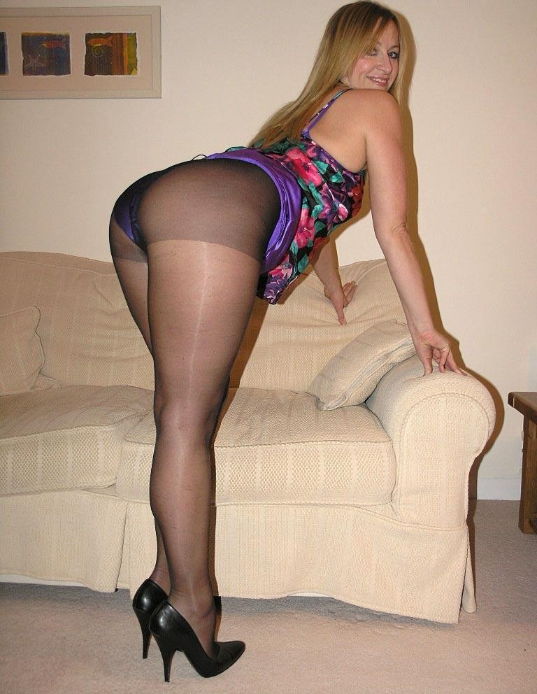Frauen In Pantyhose