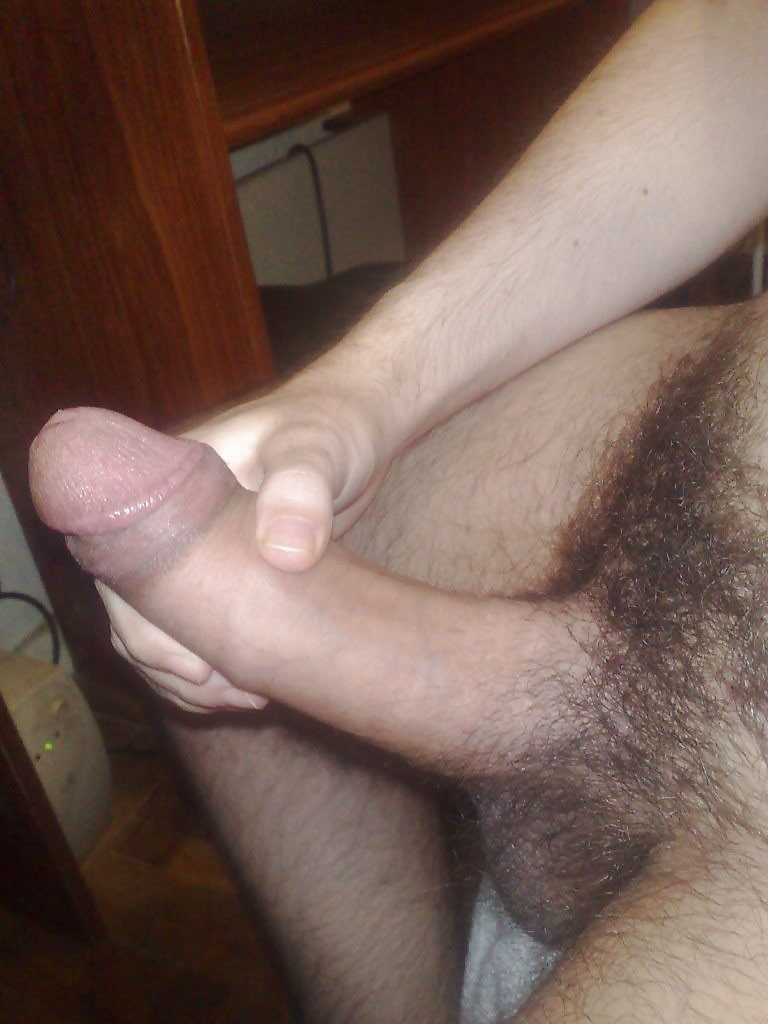 Squirting hairy pussy videos