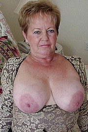 granny-big-boobs168.jpg