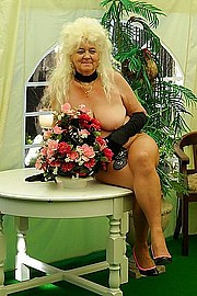 granny-big-boobs169.jpg