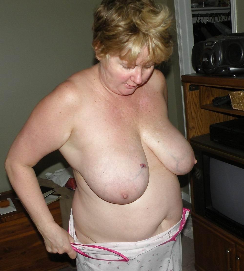 Big tits granny wants black cock cumshot on her boobs after interracial sex 5