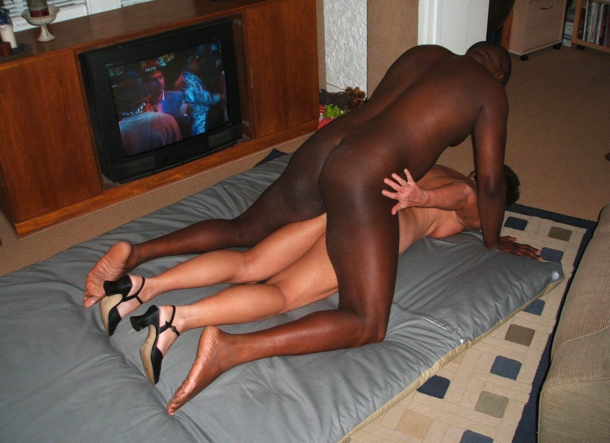 Freeonline pics blackmen cock women nude videos
