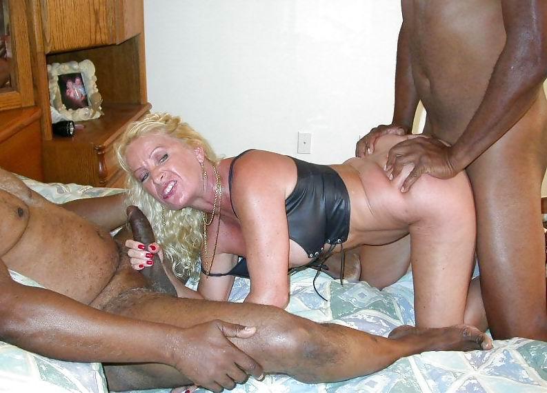 mature women interracial porn Mature married  women having sex.