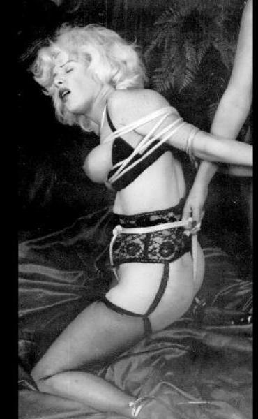 БДСМ знакомства, сексуальные ролевые игры в постели, садо ...