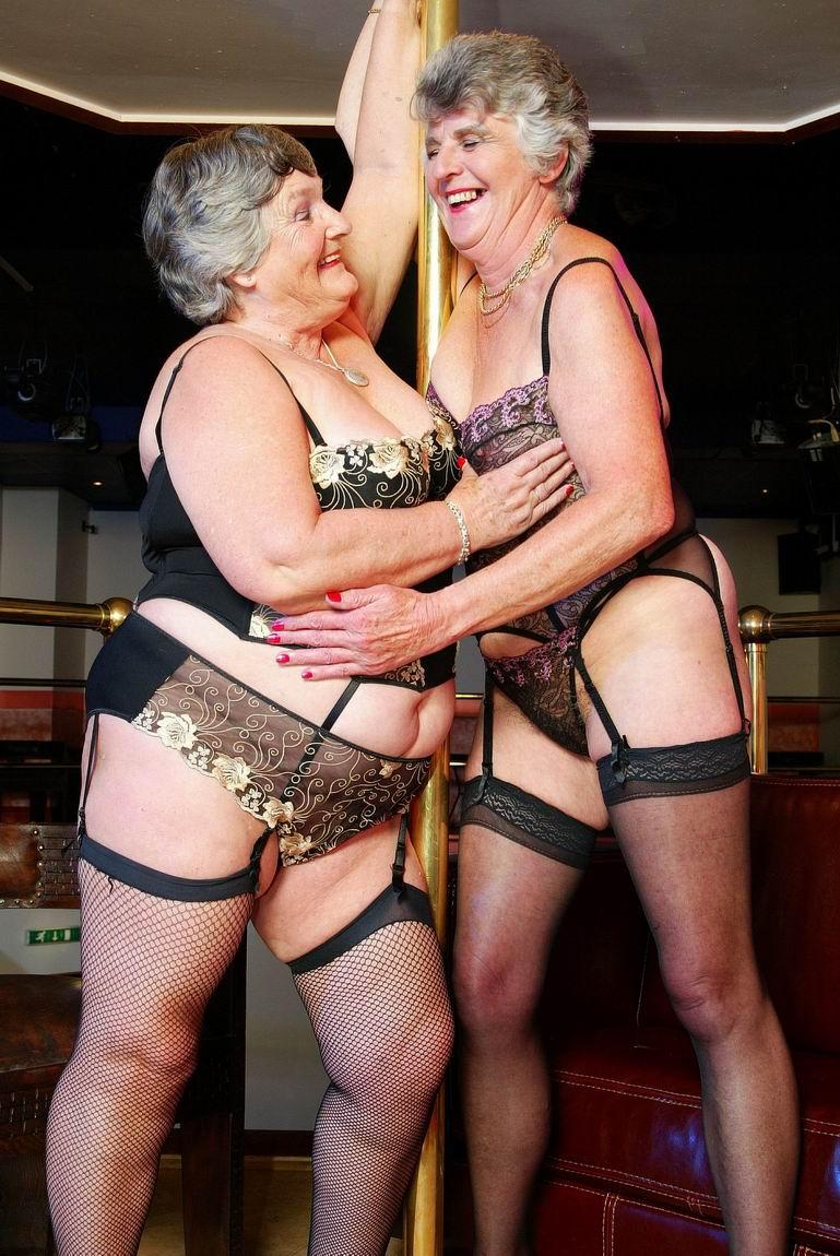 Video searc naked woman strip