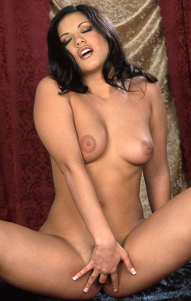 nude hispanic women hairy