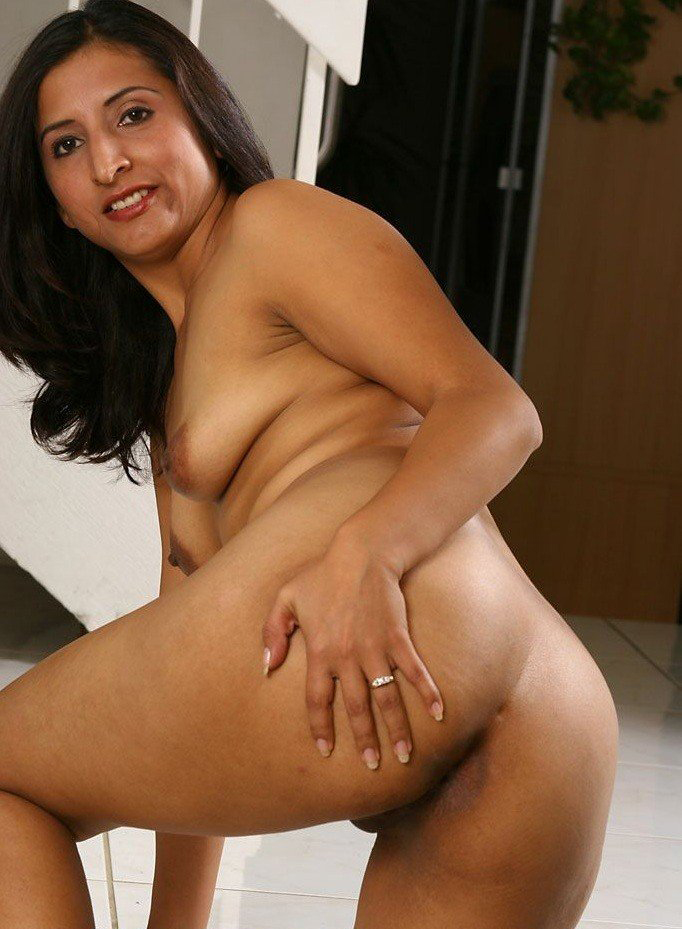 A Desi Indian Call Girl  Pornhubcom