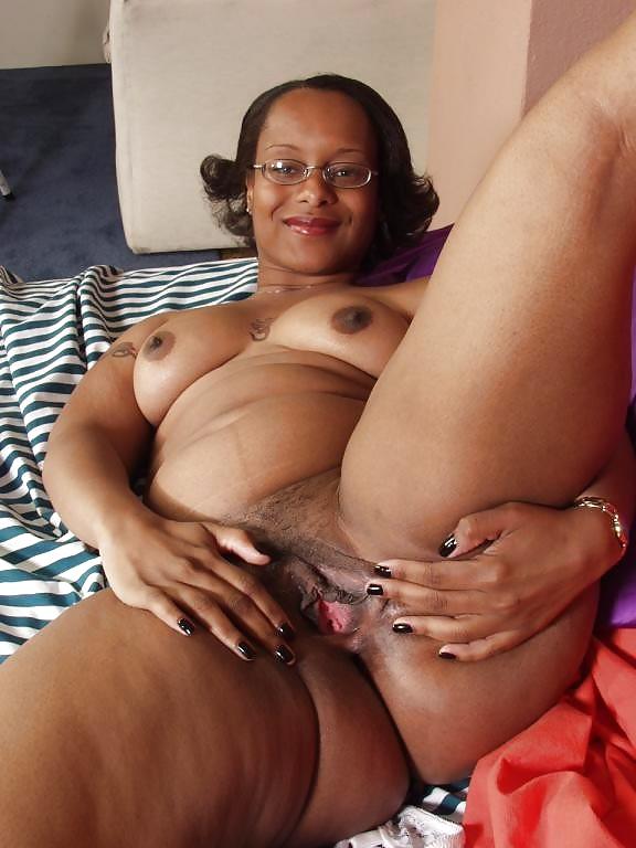 just ebony mature pic