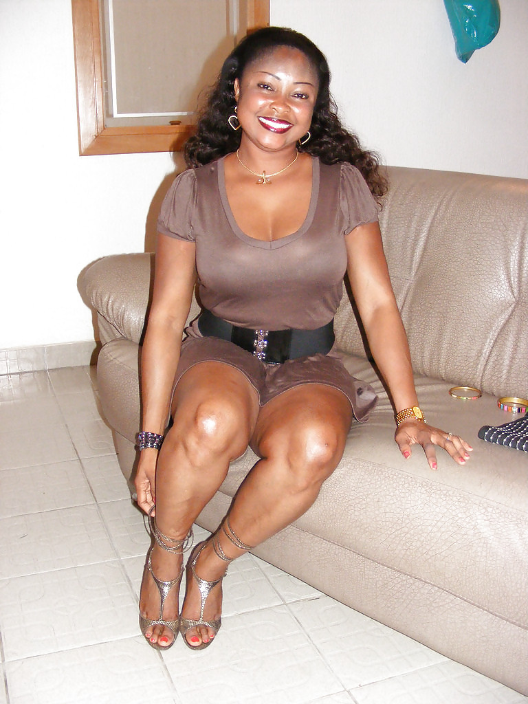 black mature dominatrice nice