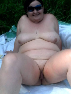 mature nudists with plump bodies   chubby naturists
