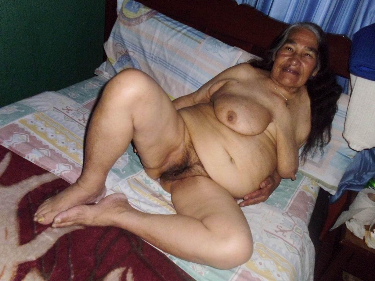 Boy girl oral sex