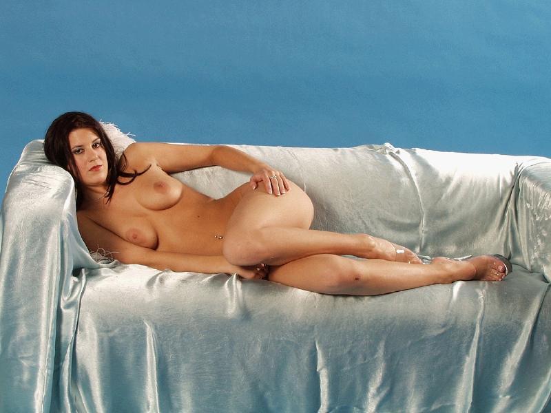 pics of nude girlz boyz nd kissng nd sex