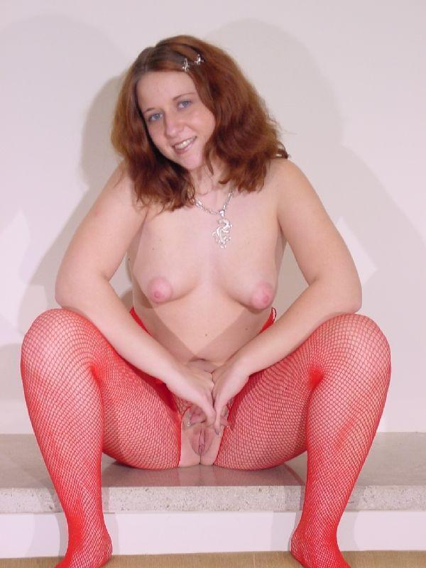 yasmine bleeth sexy nude