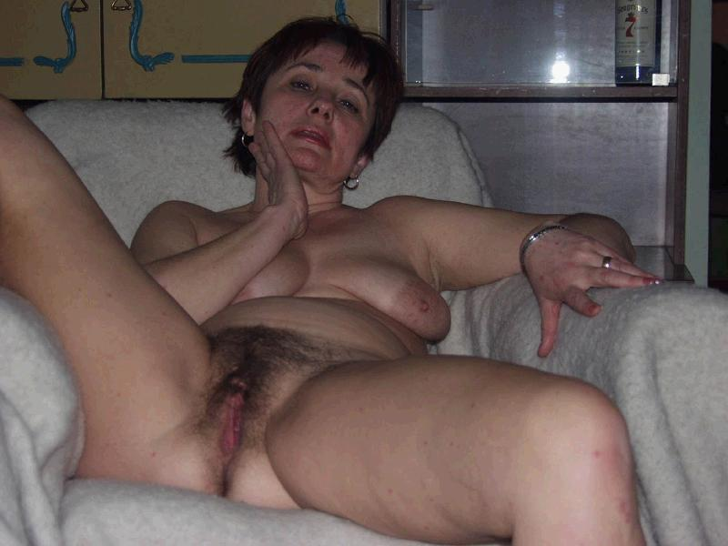 Mature masterbating chatte miniatures