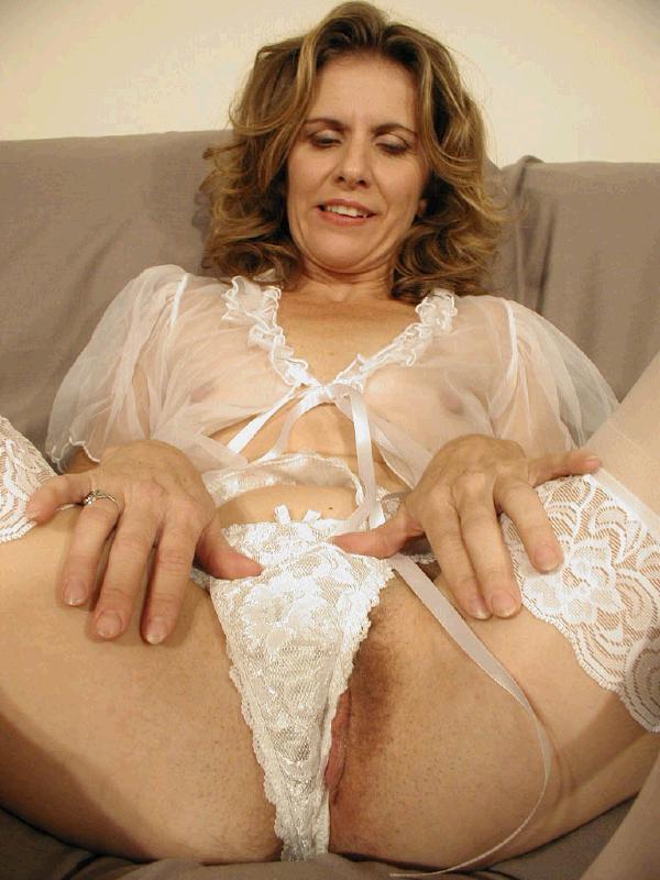 Muscle Diva Meets Porn Queen Stream 36