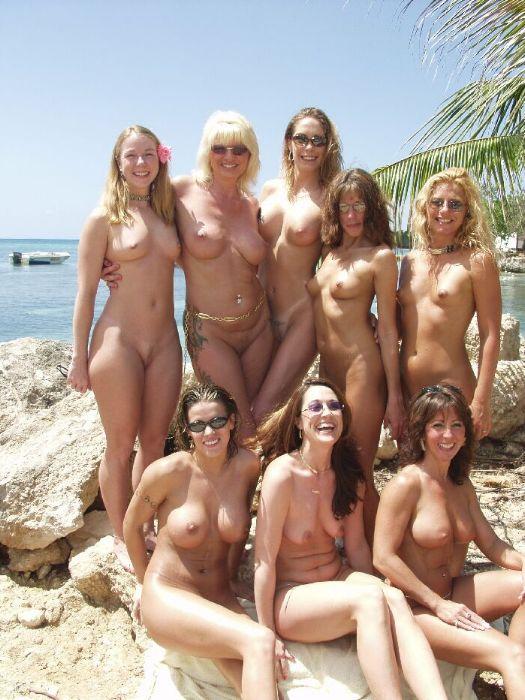 foto-devushki-golie-nudisti