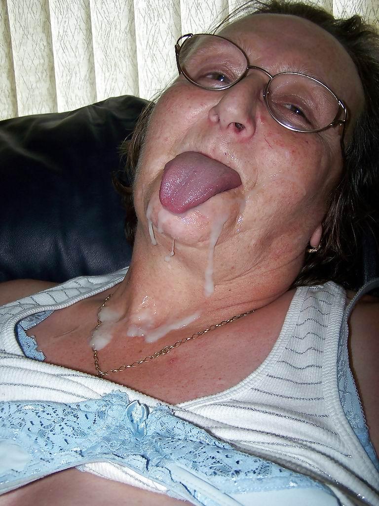 Порно фото пожилые бабушки лица в сперме