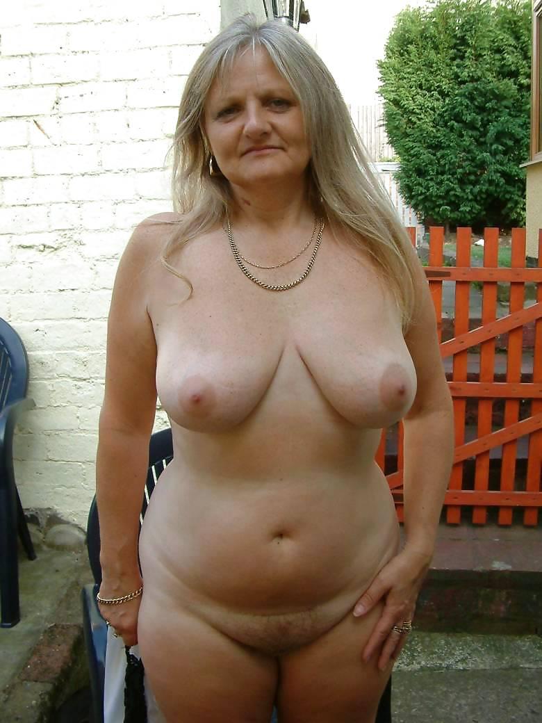 Старые женщины в трусах 25 фотография