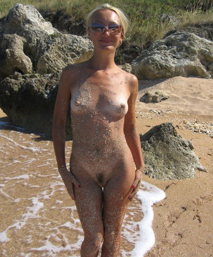 My wife on a nudist beach went Cracker
