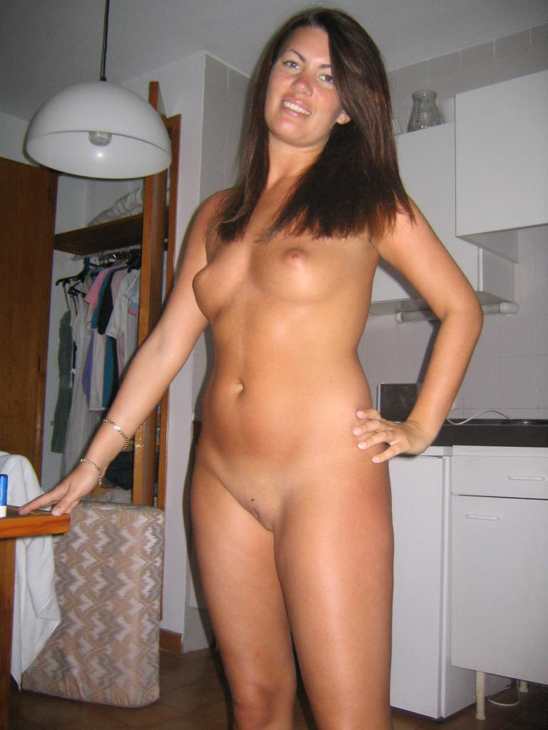 100% real & uncensored MILF pictures taken by ex boyfriends & husbands ...
