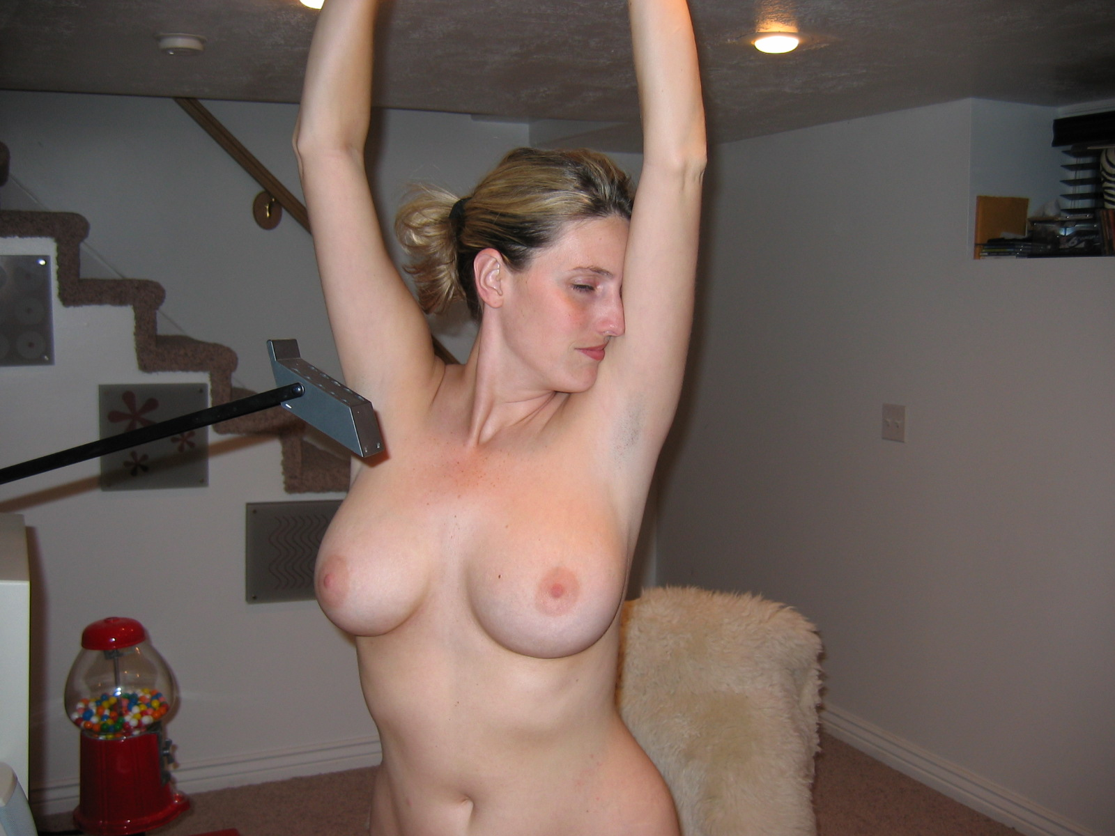 Hottest milf on real homemade