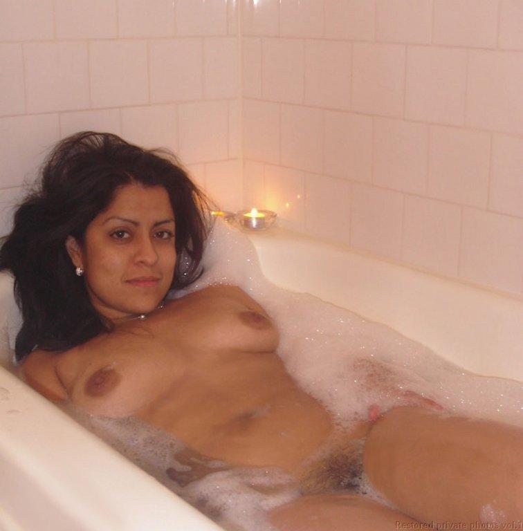 sinhala girls and aunty nude