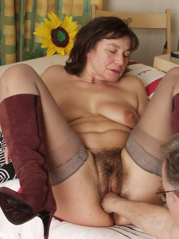 Fat black old lady porn