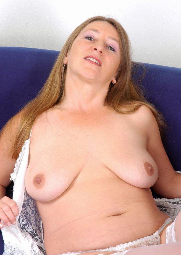 Порно-фото: порно фото зрелых и горячих дам.