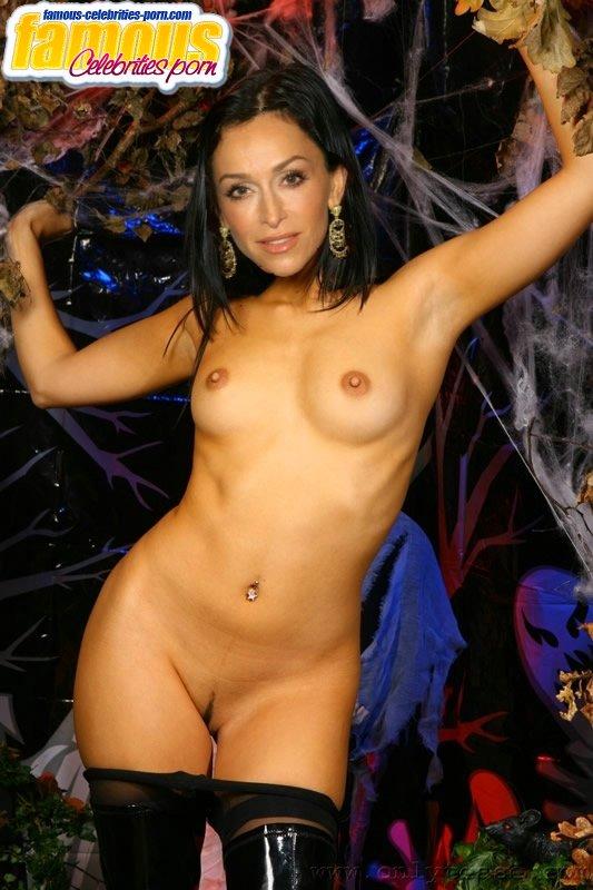naked women hypnotised