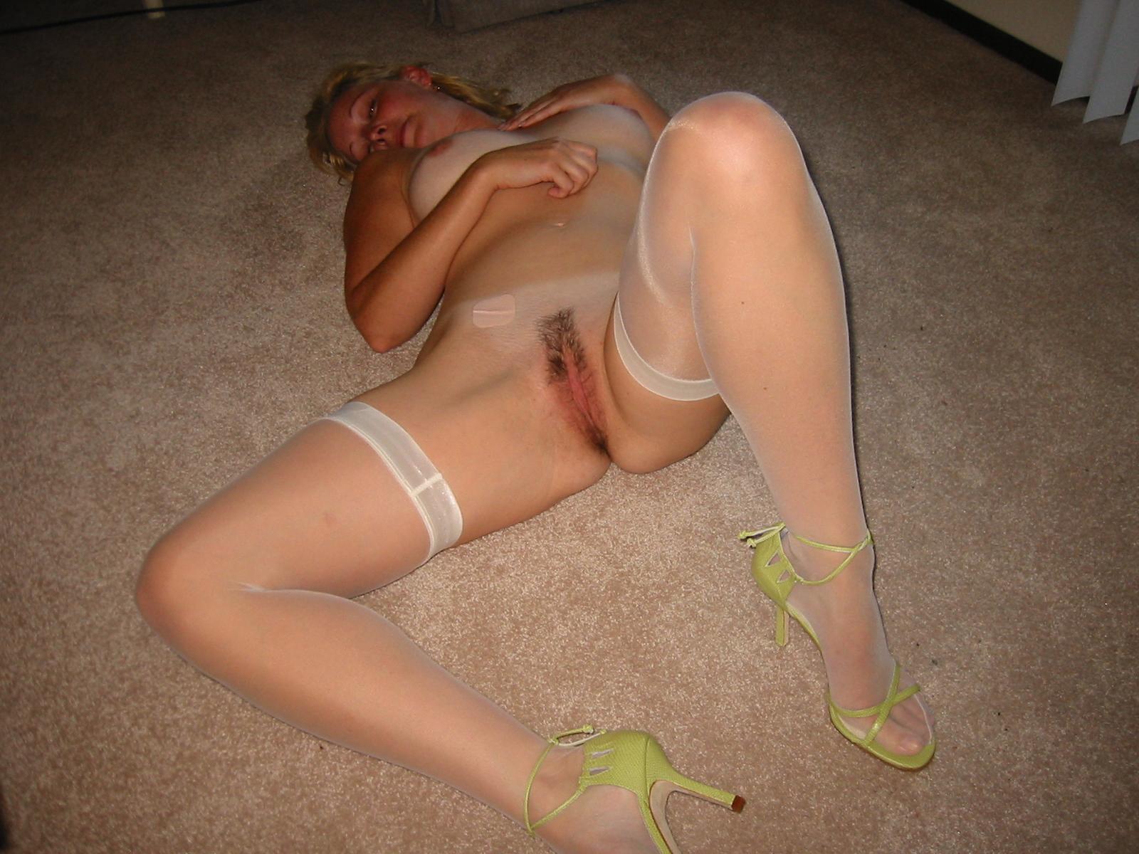 Фото голой пьяной блондинки 16 фотография
