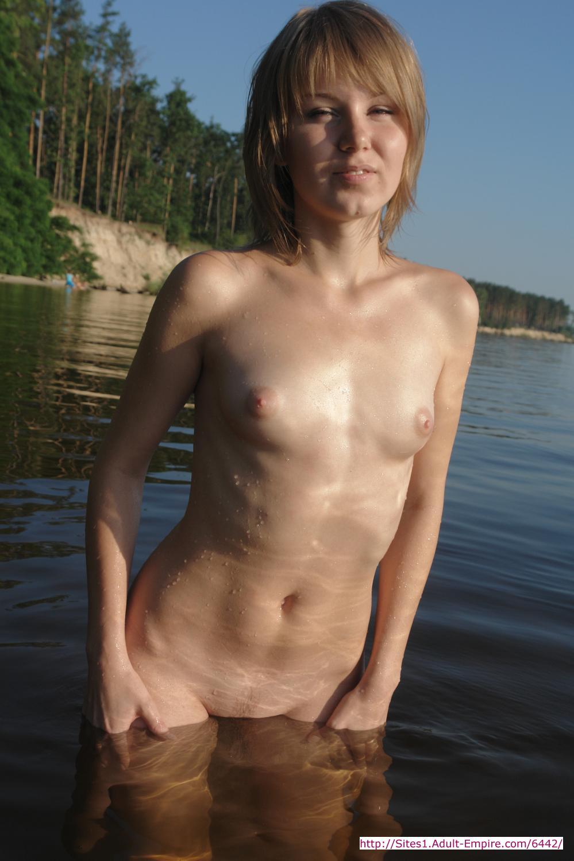 Nude dwarf women archive porn image