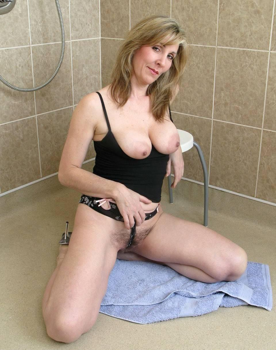 Mature fanny uk
