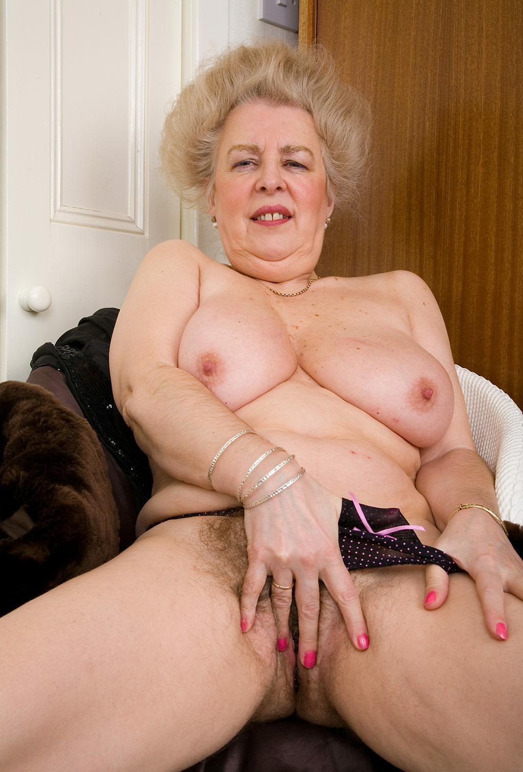 Толстые бабушки и их вагины фото 93-554