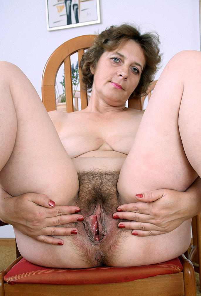 Cute and cuddly mature amateur fucks her fat juicy pussy to 5