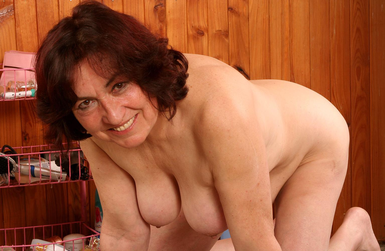 64 year old and british granny sandie rubs her old pussy 5