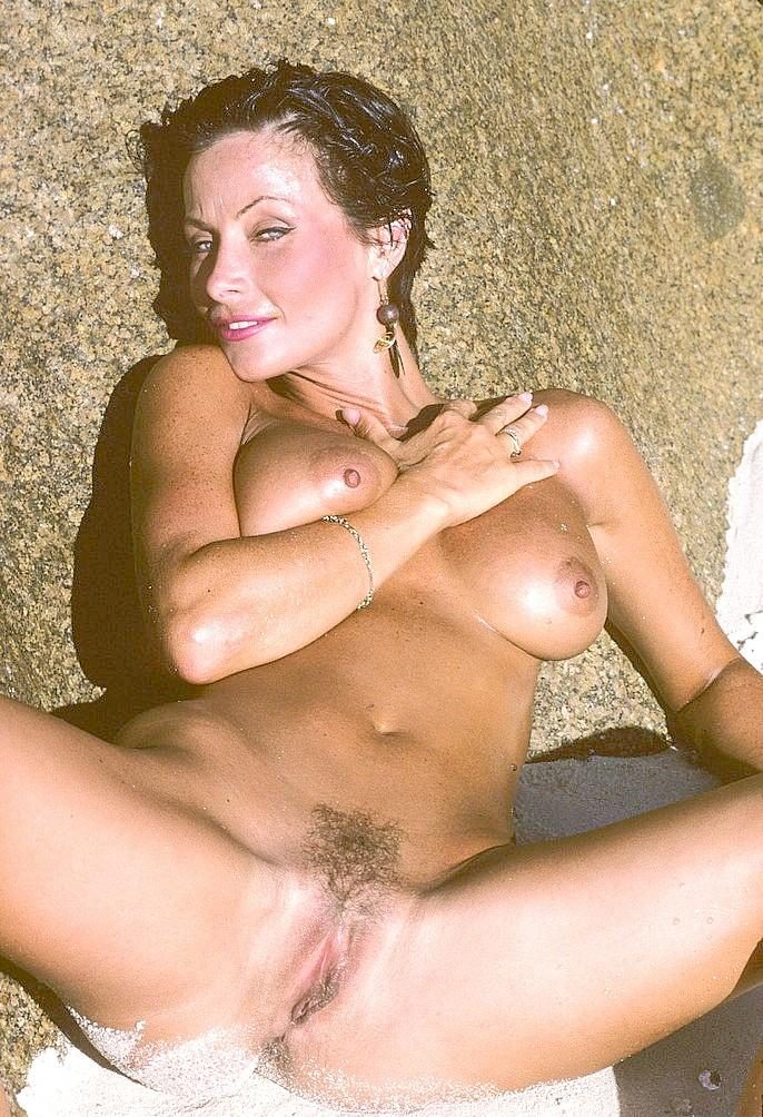 nude hispanic young girls